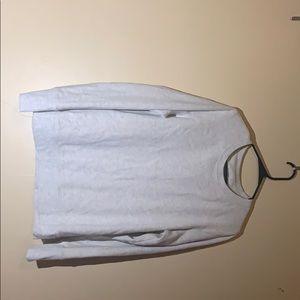 Beige/gray sweatshirt